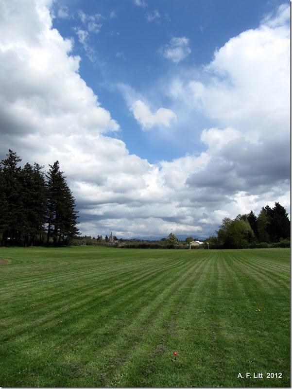 Vance Park.  Gresham, Oregon.  April 26, 2012.  Photo of the Day, April 27, 2012.