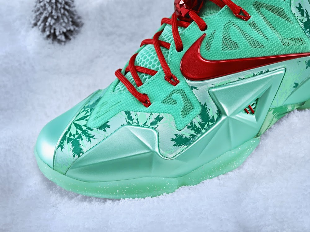 Nike Unveils KD 6, Kobe 8, and LeBron 11 Christmas Pack | NIKE ...