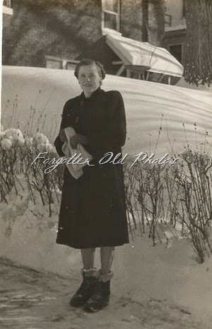 January 1949 Snow Royalton Antiques