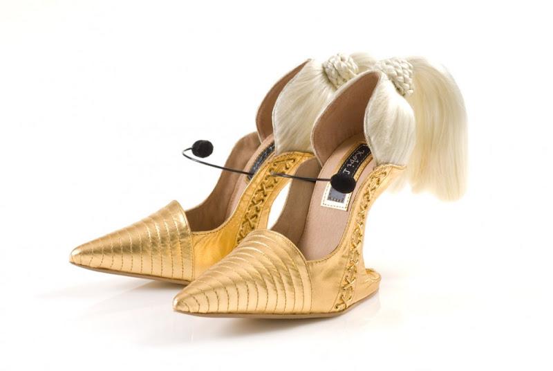 blond-ambition-1.jpg