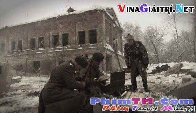 Xem Phim Cách Chức - Razzhalovannyi (degraded Officer) - phimtm.com - Ảnh 3