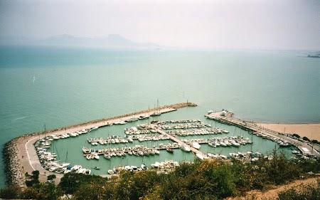 28. Portul din Sidi Bou Said, Tunisia.jpg