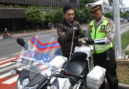 Denda Tilang Berdasar UU LAJ No. 22 Tahun 2009