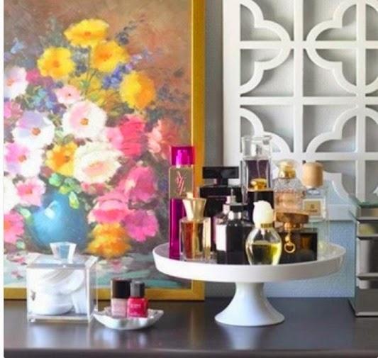 perfume_table