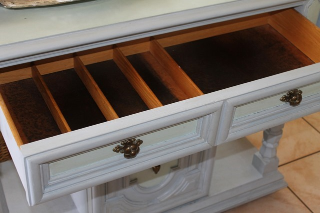 drawer 003