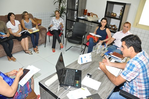 Reunião de combate a dengue