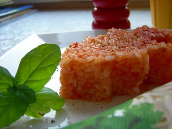 domatesli pirin pilavı