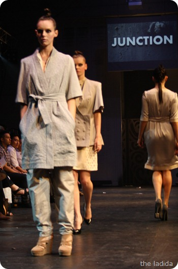 Raffles Graduate Fashion Show 2012 - Junction (78)
