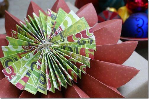 lazos y flores con papel periodico (4)
