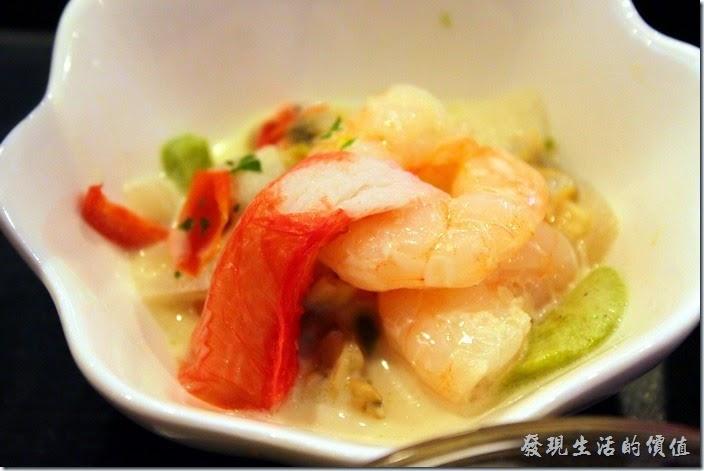 【博多祇園Hotel東名inn】這碟蝦子好漂亮也好好吃。