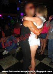 Stripper Alex Tribal e Sra Moderm Times