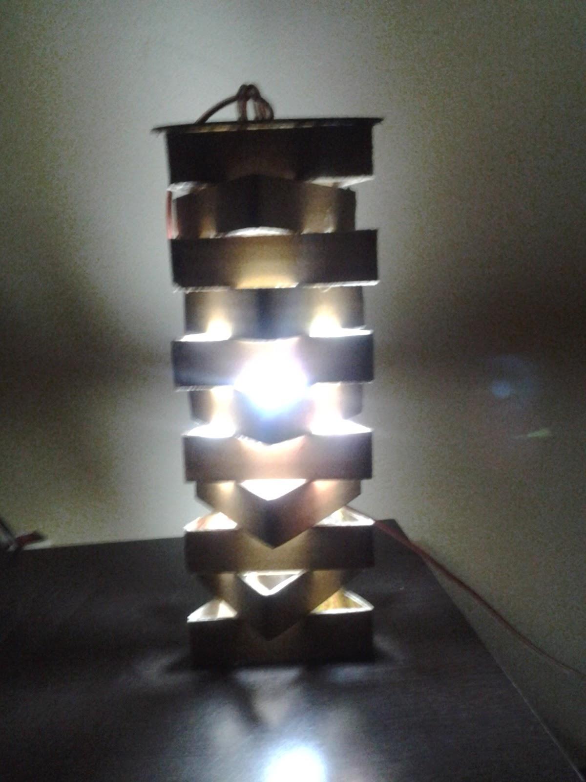 Lampu Unik Terbuat Dari Barang Bekas Bisa Untuk Gantung Atau Meja Harga Tidak Termasuk Bola Rp 15000