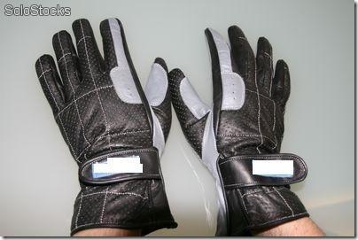 OficioLibre - Limpieza de guantes