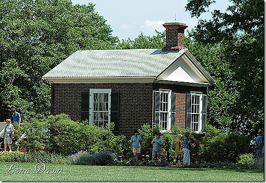 Monticello_Building