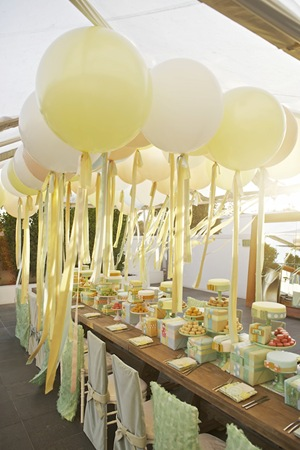 giant_wedding_ballons