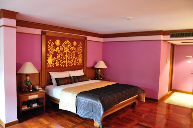 Imagini Thailanda: Camera de hotel la Suanthip Wanna Resort, Chiang Mai, Thailanda
