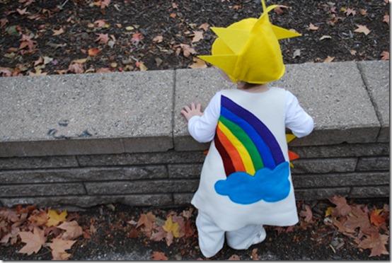disfraz de arcoiris con patrones (3)