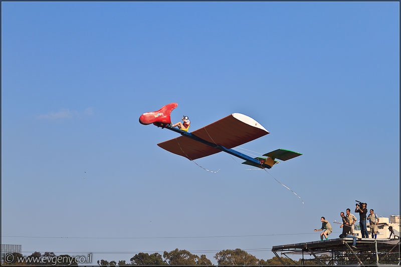 il/RedBull FlugTag 2011 в Тель Авиве   Часть вторая (20110603 ta redbull 230 5346)