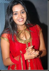ananaya in red dress