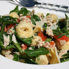 Tuna and Spinach Tortellini Salad