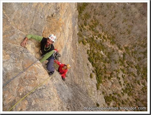 Via Diedro Sajuma 190m 6b  (6a A0 Oblig) (Peña Solano, Escarrilla) (Omar) 0936