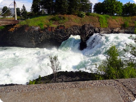 upper falls spokane river