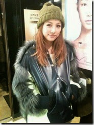 43220-lee-hyori-wears-faux-fur-to-show-her-love-for-animals