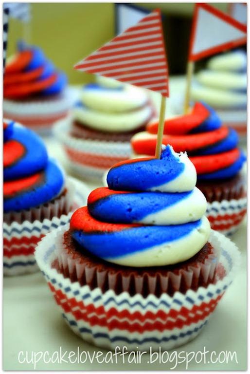 50 RedWhite&Blue cupcake