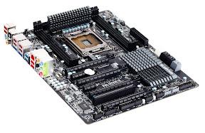 Gigabyte X79 UD3 and UD5