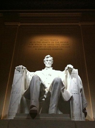 Sheva Apelbaum Lincoln Memorial 2