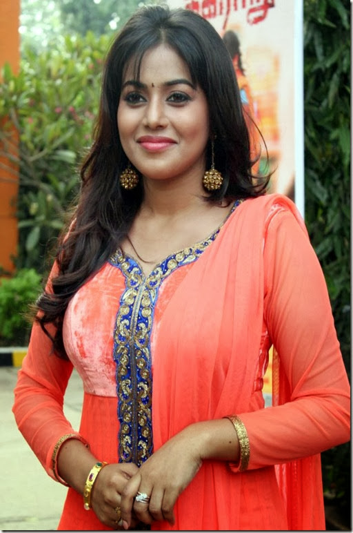 Actress Poorna @ Thagararu Movie Press Meet Stills