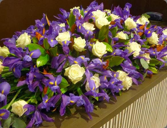 iris 1176238_677466142280842_1091601276_n lotus flowers au