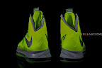 nike lebron 10 gr atomic volt dunkman 2 08 Upcoming Nike LeBron X   Volt Dunkman   New Photos