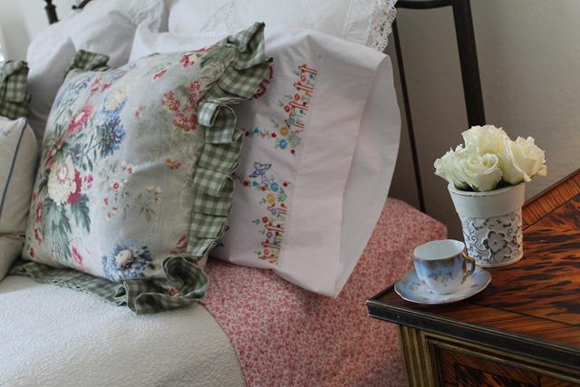 cozy bed 062