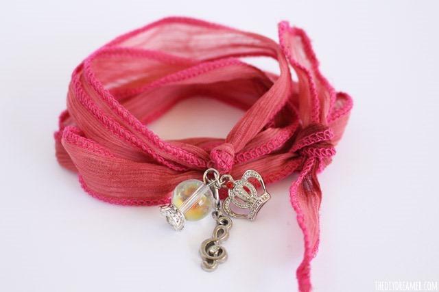 Ribbon-Bracelet