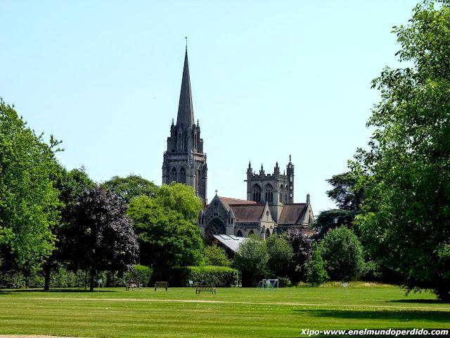 iglesia-de-nuestra-señora-y-los-martires-ingleses-cambridge.JPG