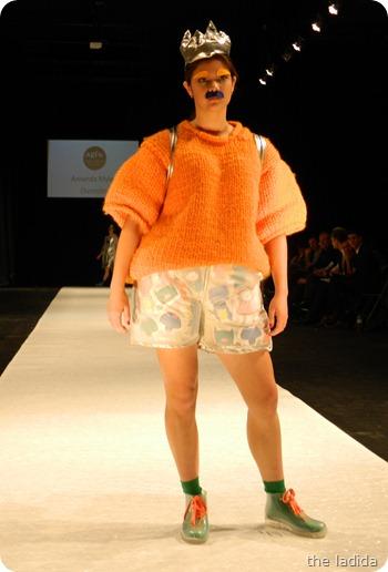 Amanda Myles - AGFW Fashion Show 2012 (4)