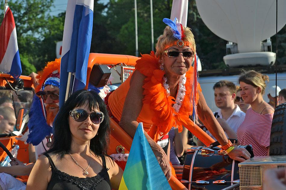 Евро 2012 по футболу. Харьков. 13 июня. Перед матчем Голландия - Германия - 36