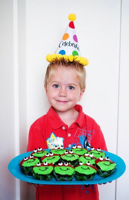 Isaac and cupcakes