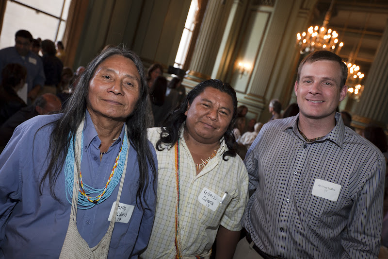 Roberto 'Berito' Cobaria and Gilberto Cobaria of the U'wa indigenous people pose with Amazon Watch's Andrew Miller.  Photo by Eric Slomanson/slomophotos.com - Copyright 2010.