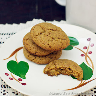 Chewy Ginger Molasses Cookies (grain-free)