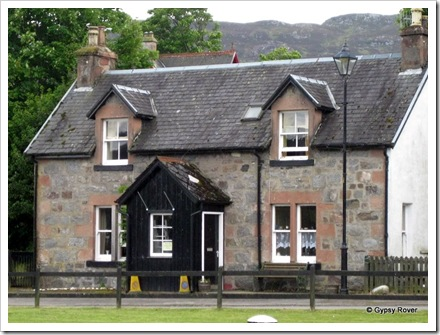 Lock keepers cottage at Fort Augustus on the Caledonian canal.