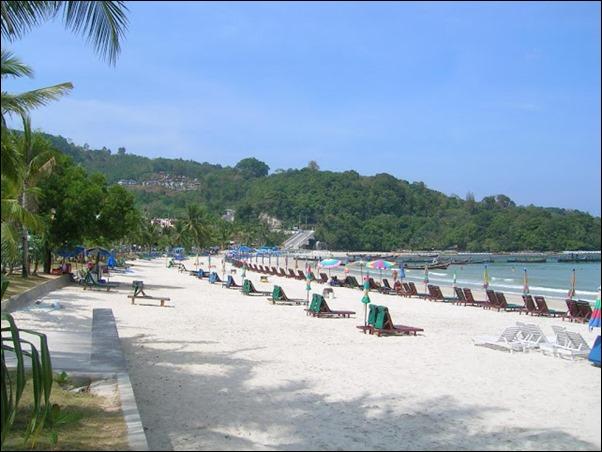 شاطئ الباتونج