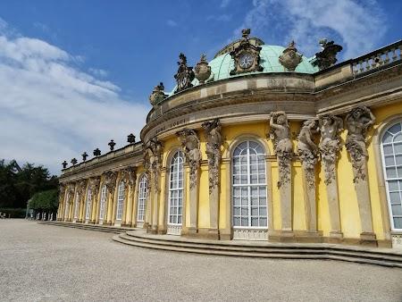 Palatul Sanssouci din Potsdam