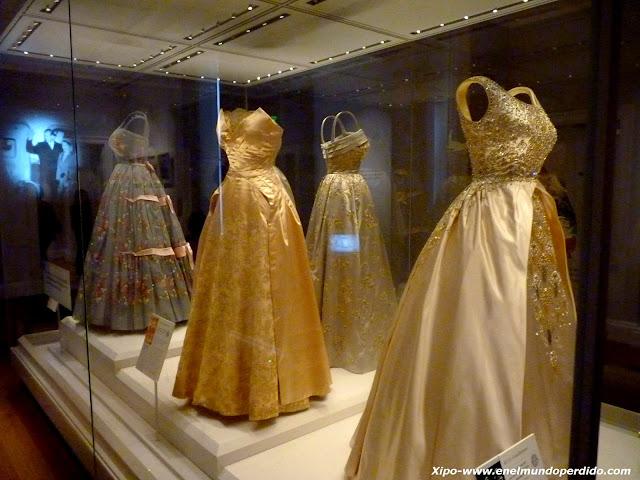 vestidos-reinas-inglesas.JPG