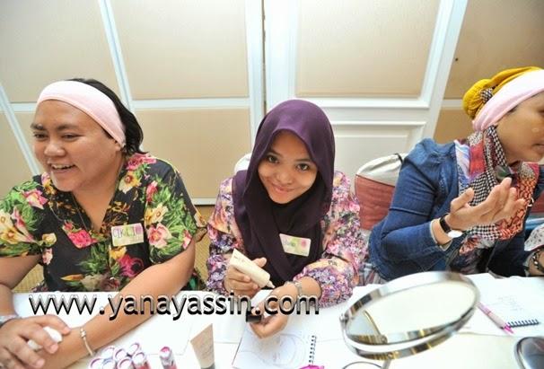 Kosmetik AVON MAlaysia296