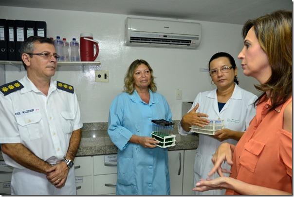 Márcia Maia faz visita a banco de leite do Hospital da Polícia (2)