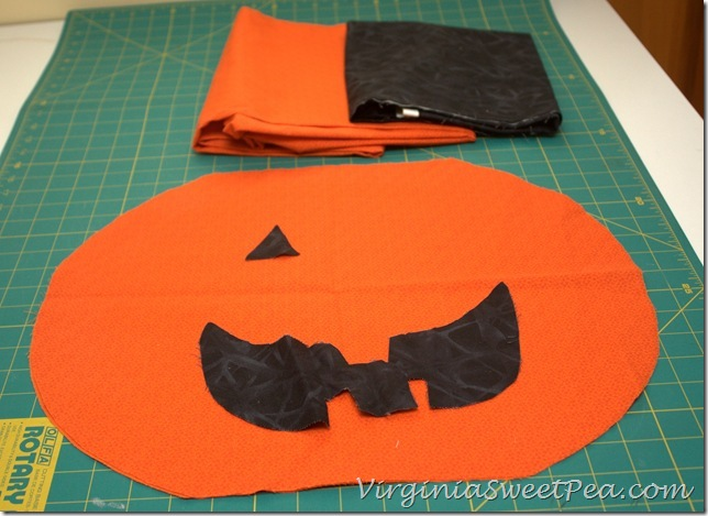 Halloween Pillow1