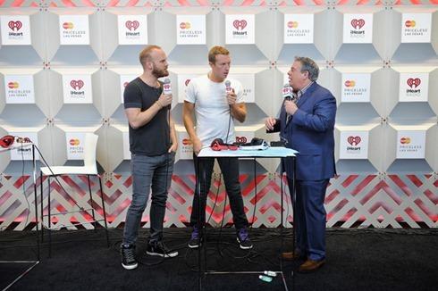 Chris Martin 2014 iHeartRadio Music Festival o91Jx20lVapl