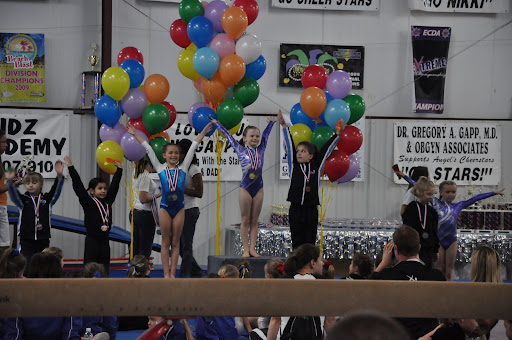 Natalie gets 1st place in vault at KY state meet